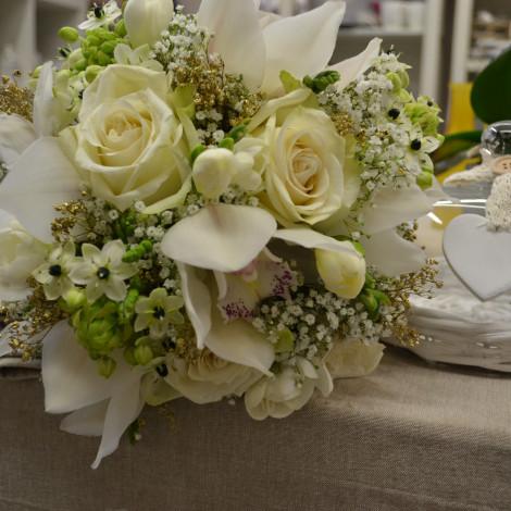 Poročni šopek Vrtnica-Orhideja