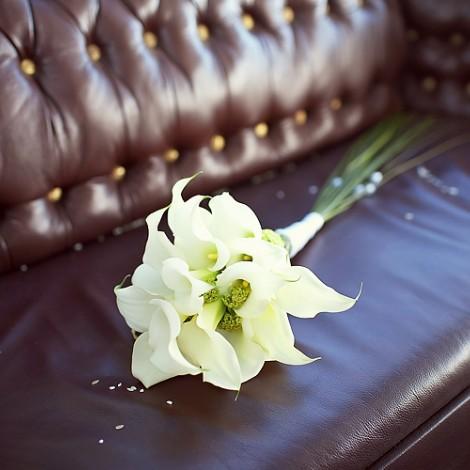 Poročni šopek bele Kale 2