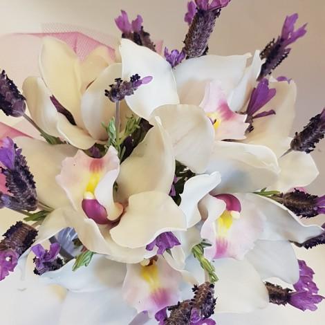 Šopek bele orhideje